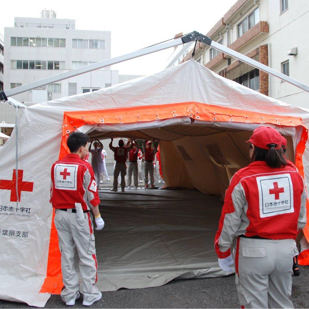 救護テント組立