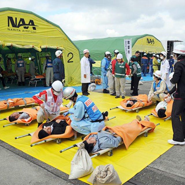 飛行機事故救護訓練