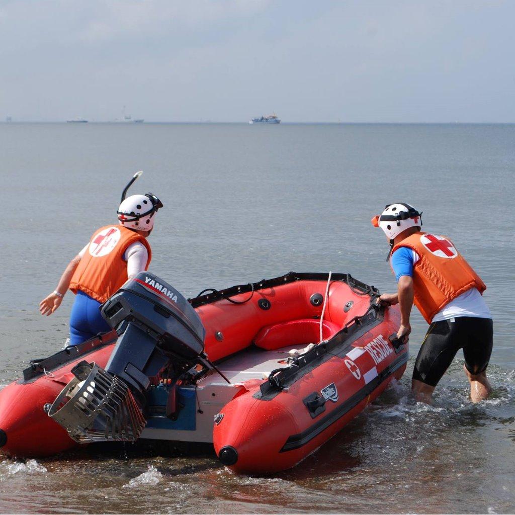 水難事故救護訓練